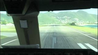BOEING 747 makes super fast takeoff from St Maarten!