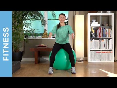 Rückentraining mit dem Gymnastikball (Anfänger) - Rückenschmerzen vorbeugen - Fit mit Anna - HD
