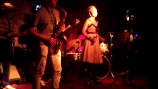 Fly me to the moon - covered by Dada band