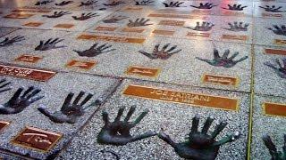 RockWalk - Handprints and memorabilia by the stars of music