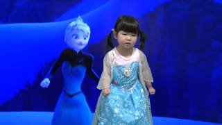 "Disney's Frozen ""Let It Go"" - Idina Menzel/Demi Lovato cover by 3-year-old Aoi【あおいチャンネル】"