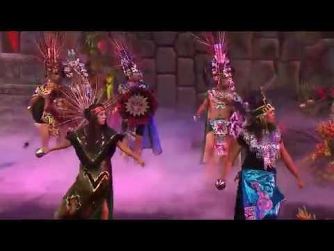 Admire esta dança do povo Azteca
