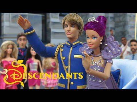 Disney Descendants – Evie DIY Costume Tutorial | Charisma