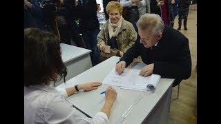 Губернатор края принял участие в голосовании на выборах...