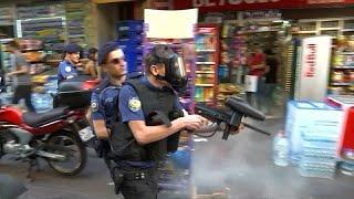 Rendőrök vetettek véget a Pride-karneválnak Isztambulban