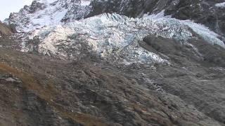 preview picture of video 'Chopper Flight - Franz Josef, South Westland, New Zealand'