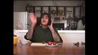 preview picture of video 'Salad Irani درس ساخت سالاد ایرانی'
