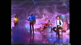 Air Supply - Lost In Love (Paul Hogan Show) 1980