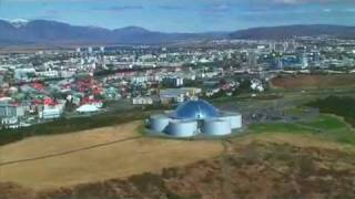 preview picture of video 'Unique Iceland: What to do in Reykjavik?'