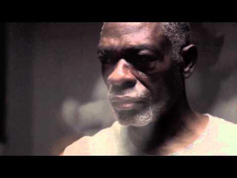 """Film """"CLAMMY FINGERS"""" Quadricolor Avec BOUMBOU Alexandre Ancien Boxeur à l'Entraînement"""