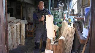 preview picture of video 'Pokrivanje s skodlami - ŠC Novo mesto in skodlarstvo Bojan Koželj'