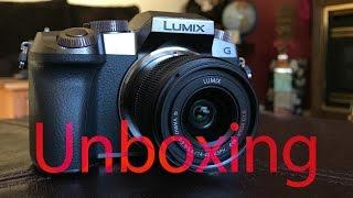Panasonic Lumix G7 (Silver) 14-42mm Camera Bundle | Unboxing
