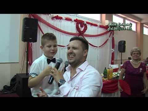 Najmlađi Gost Uzima mikrofon od Elvira Mujanović  i  Zapjevao na Svadbi sa Elvirom Asim Snimatelj