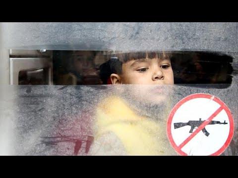 Συρία: Χιλιάδες άμαχοι εγκαταλείπουν την ανατολική Γούτα