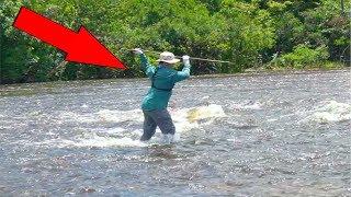 Homemade SPEAR Fishing PIRANHAS in the AMAZON!!! (Bad Idea)