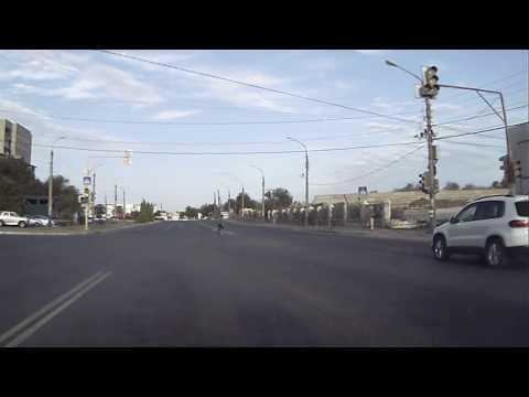 Пешеход очень спешил на кладбище в Астрахани