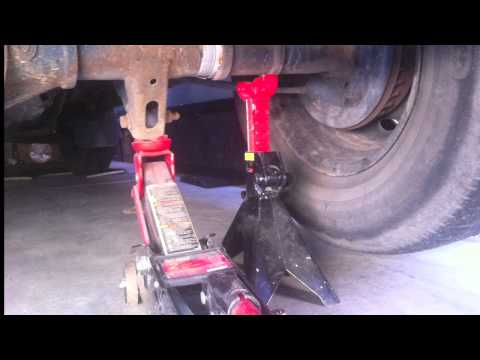Where to place the jack on a small truck Mazda B2500 Ford Ranger