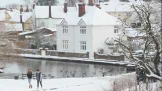 preview picture of video 'Snow Days in Great Dunmow'