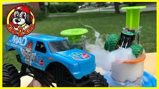 Monster Jam MAD SCIENTIST Beaker Creatures: Dogs into Dragons! GRAVE DIGGER, Max D, CAPTAIN AMERICA