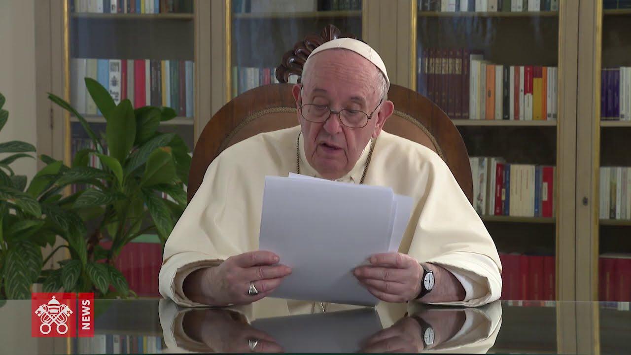 Papa Francisco | Na educação habita a semente da esperança