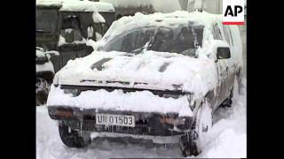 BOSNIA: WEATHER CAUSES HEAVY SNOW CHAOS