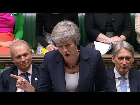 Τερέζα Μέι: Το υπουργικό συμβούλιο ενέκρινε το σχέδιο συμφωνίας για το Brexit…