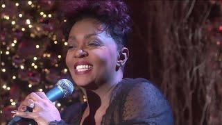 "Anita Baker ""Christmas Time is Here"" 2006 Live"