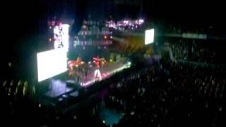 Despedida.Luis Fonsi en Movistar Arena.  Santiago 9 de mayo de 2009. S5036933