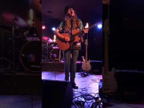 Sawyer Fredericks Don't Even Try Bottleneck Lawrence KS shorttemper9 2017 07 12