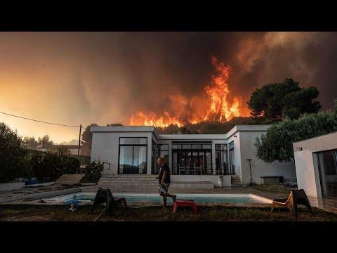 Μεγάλες πυρκαγιές σε Γαλλία και Ιταλία