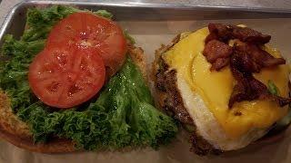 Las Vegas Burger Restaurant: Flippin Good Burgers Downtown Fremont Street East