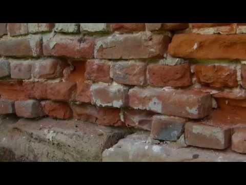 Backsteine erneuern, Ziegel auswechseln, Mauerrestaurierung