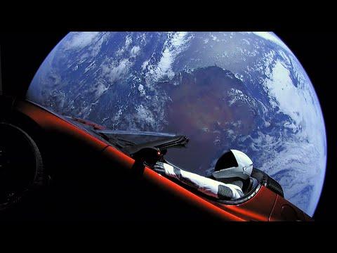 Výročí epického prvního startu Falconu Heavy