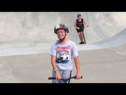 Scooter Tricks: Bri