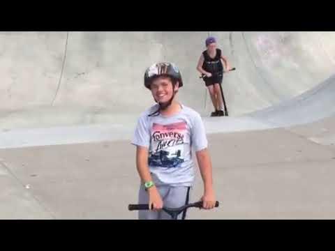 Scooter Tricks: Bri