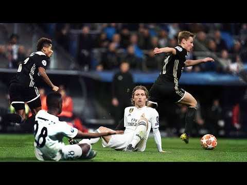 Is There Any Point Pressing Frenkie de Jong?