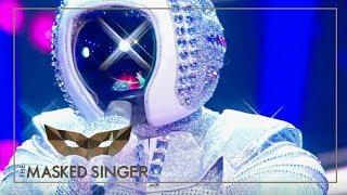 Space Oddity- David Bowie | Astronaut Performance | The Masked Singer | ProSieben