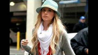 Ashley Tisdale-Love me for me