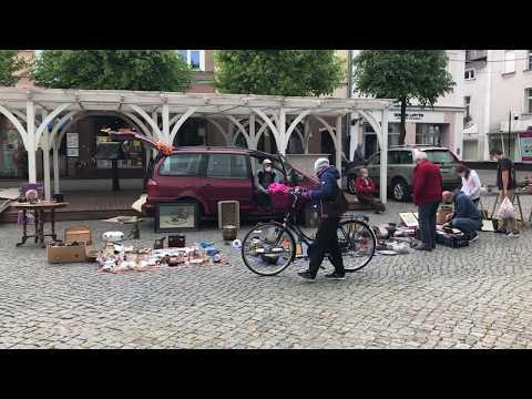 Wideo1: Targ staroci wrócił na Rynek
