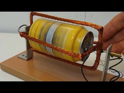 Motor de inducción construido con una lata de refresco.