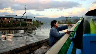 preview picture of video 'Aurora in Birmania - lago Inle'