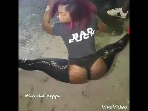 Download Concentré Sur Du Skinout Dancehall Xxx Mp4 3gp Sex Videos