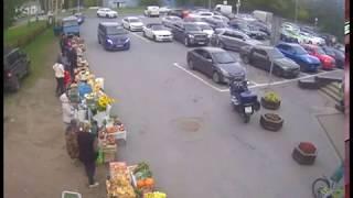 Смертельная «поездка» пенсионера в супермаркет в Репино попала на видео