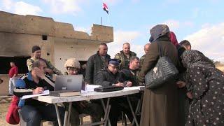 В сирийской провинции Хама открылся гуманитарный коридор.