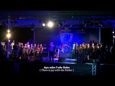 AYO MBE LODO BABA (LIVE) ~ EMERALD CHOIR