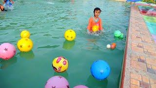 Download Video INI BARU SERU..!! TERAPI IKAN dan bermain air sambil belajar berenang MP3 3GP MP4