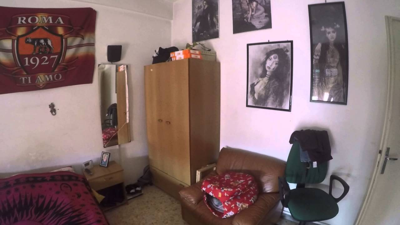 Spacious rooms for rent in a 2-bedroom apartment in Alessandrino - professionals or postgraduates only