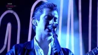 Arctic Monkeys - N°1 Party Anthem Live Reading & Leeds Festival 2014 Hd