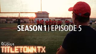 Titletown, TX, Season 1 Episode 5: The Importance of Being Ernest