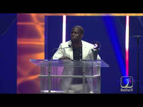 Kevin Hart accepts CinemaCon Comedian of the Year Award (видео)